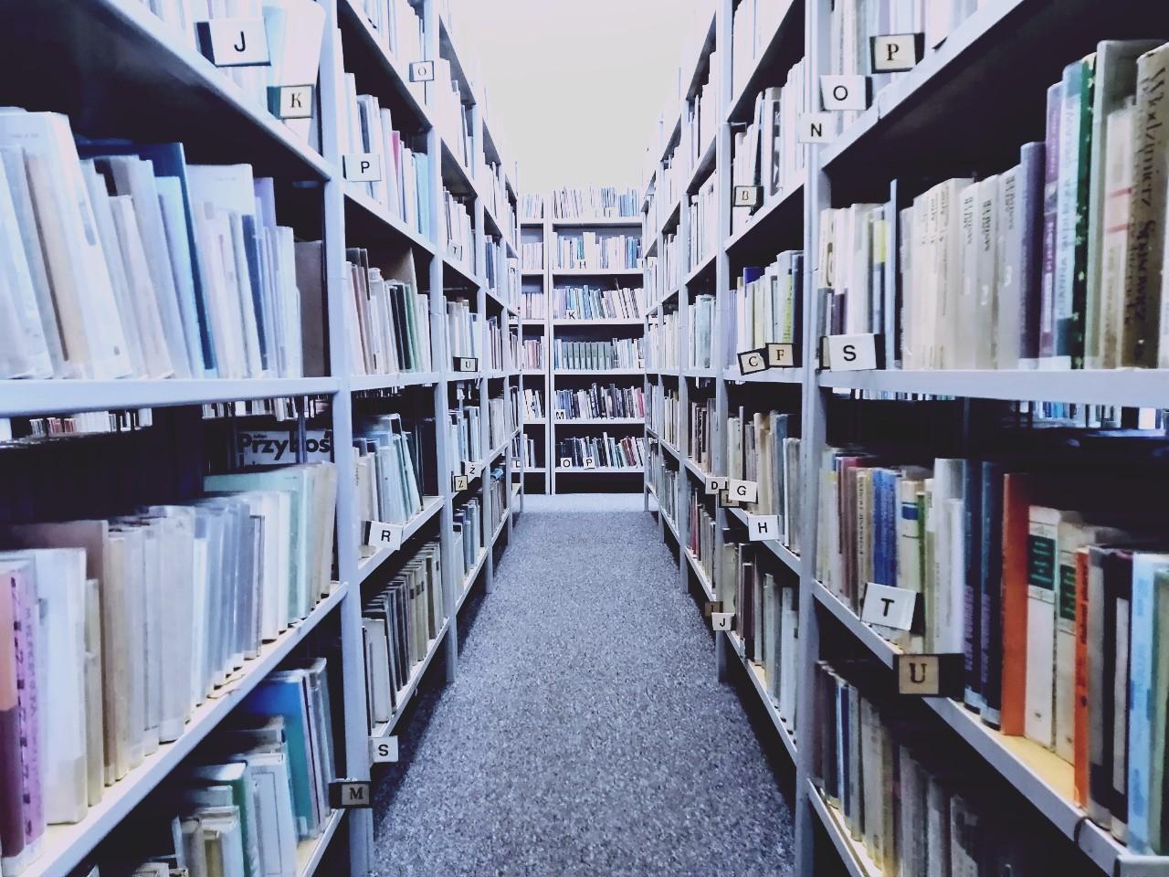 Jak dostać pieniądze z wypożyczeń bibliotecznych?
